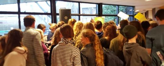 De Nieuwste School zamelt 6780 euro in voor Mazingira!